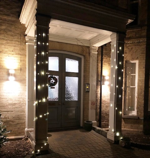 Ayletts welcome Christmas!